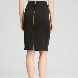 Like new BEAUTIFUL Vince camuto skirt