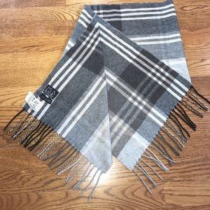 Jos. A Banks 100% cashmere blanket scarf NWT