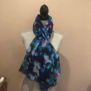 Flower print scarf 🌷