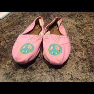 Pink toms girls size 2