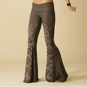 Teeki Bell Bottoms Seven Crown's leggings sz M