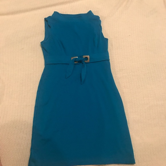 Kristin Davis blue dress
