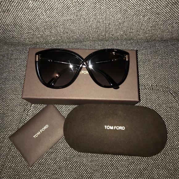 ecac01cbaabb Tom Ford Abbey sunglasses in black. M 59ff96182599fe9dd20f20ba