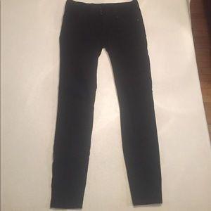 Denim - Forever 21 Black skinny jeans