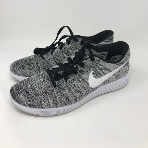 buy online 7e597 c5b10 Men's Nike Lunar Epic Flyknit size 13 black/white