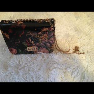 Handbags - Floral chain shoulder bag (medium size)
