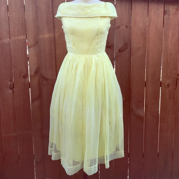 00ad48b0378 Dresses   Skirts - Vintage 1950s - 1960s yellow party prom dress