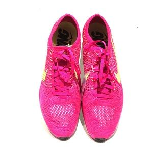 Other - Nike Flyknit Racer