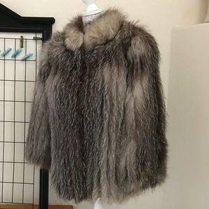 SAGA FURS Real Fox Fur Pelt Jacket  Size Small