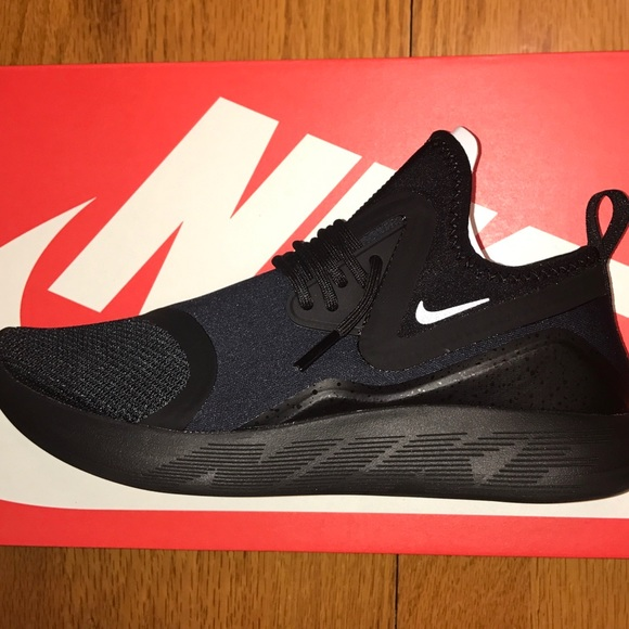 Nike Shoes Lunarcharge Essential 2017 110 Size 7 Poshmark
