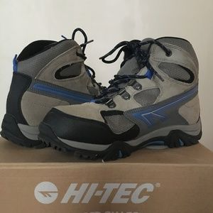 Hi-Tec Waterproof Hiking Boots Sz. 6 (Big Kid)
