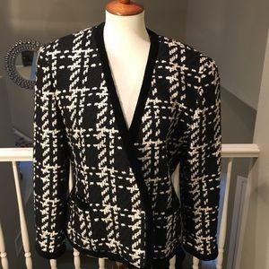 EUC Escada Wool & Cashmere Jacket  Black & Cream