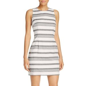cupcakes and cashmere Decker Striped Dress