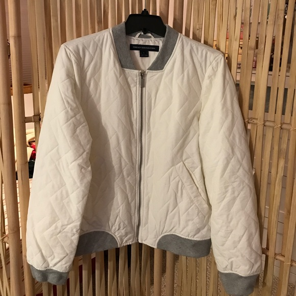 53eb5e182 French Connection Quilted Bomber Jacket - white NWT