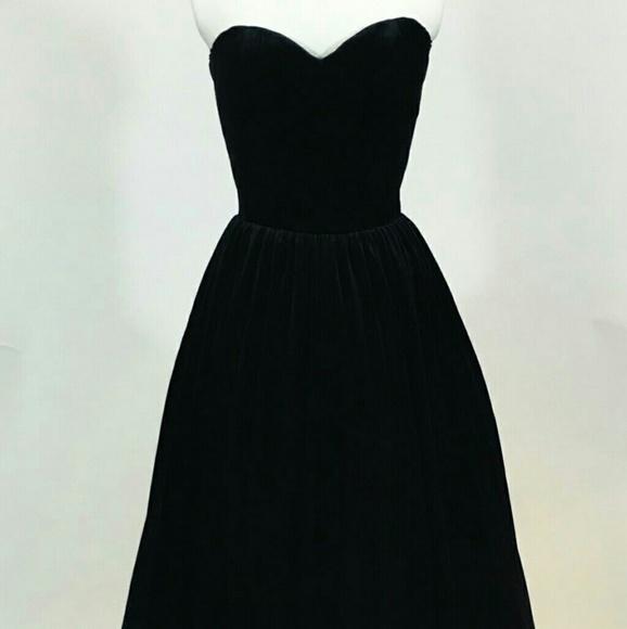 a945b3b1a4ba Scott McClintock Dresses | Black Velvet Gown | Poshmark