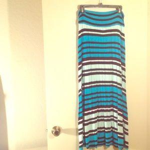 Merona Maxi Skirt ⚡️1/2 price add-on item ⚡️