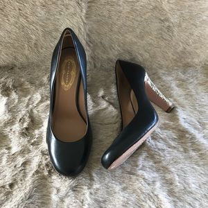 Elie Tahari black heels size 38