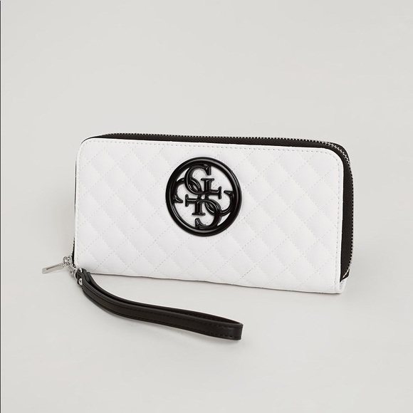 Guess Quilted Wallet White Black with straps 3c85922128dc3