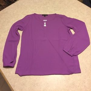 BNWT BANANA REPUBLIC PURPLE KEYHOLE FRONT BLOUSE