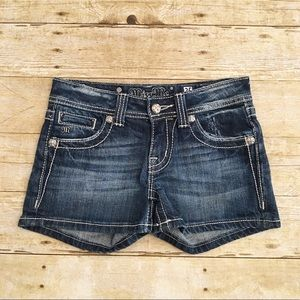 Miss Me short cross denim shorts, size 25