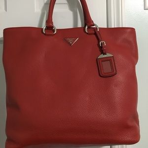 Prada Vit. Danino red leather handbag/crossbody