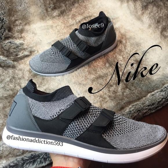 bb8340de776a7 Nike Air Sockracer Flyknit Men s Black white shoes