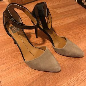 dv heels