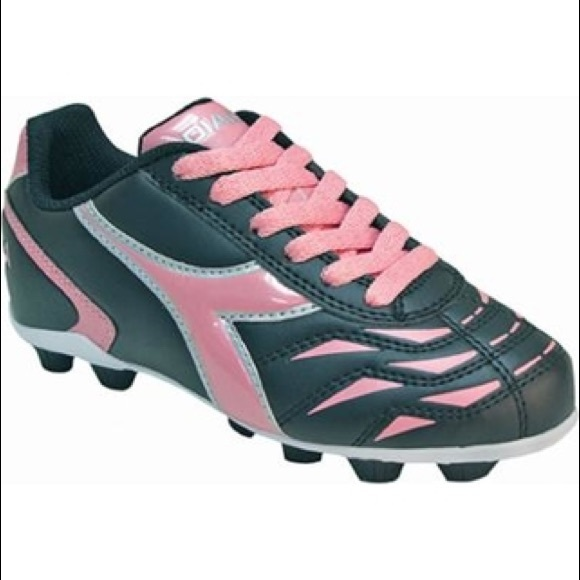 4b0de0f15b Diadora Girls Soccer Cleats💋 NWT
