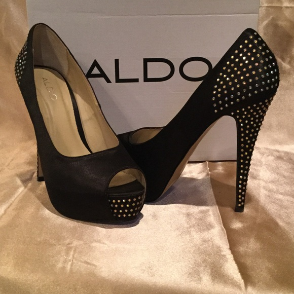 0928f89a642 😍Aldo stunning black satin peep-toe pumps (7.5)
