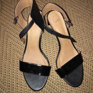 14th & Union black leather heels
