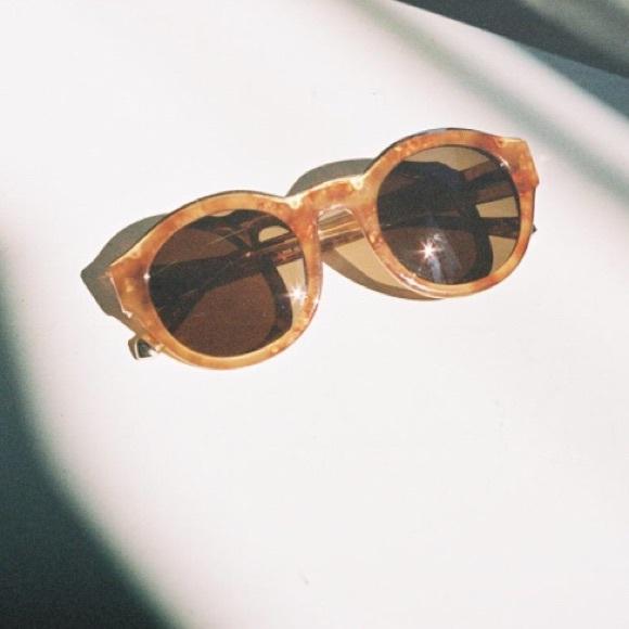 0e8b25f3679e6 Kate Young For Tura Samantha Amber Oval Sunglasses.  M 59ffebb12de5120f77111459