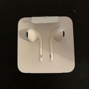 Brand new never used Apple headphones