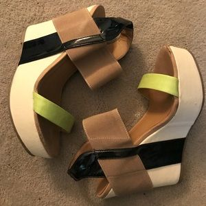 Nude & black platform wedges with pop color combo