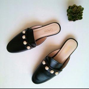 Catharine Malandrino Black Leather Mules w Pearls
