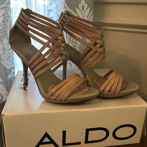 Aldo Macnamara strappy heel size 39!