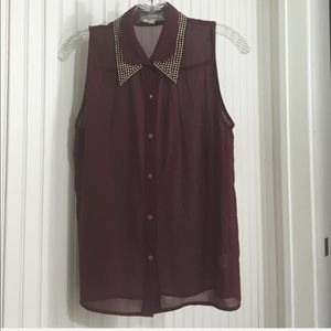 Alythea Sleeveless Blouse with Gold Studded Collar