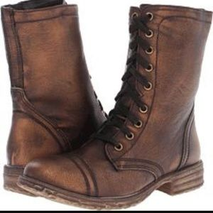 Very volatile chimney bronze lace up boots