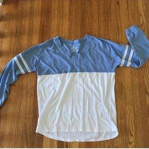 Tops - Long sleeve t shirt!