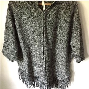 NWOT NY Collection Fringed Hooded Pancho SZ L