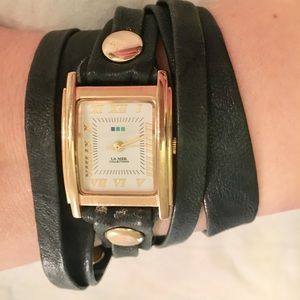 Chic wrap watch