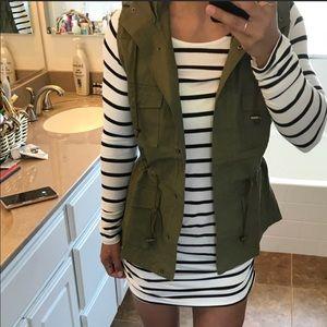 Olive Utility anorak vest