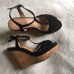 Black strap wedges