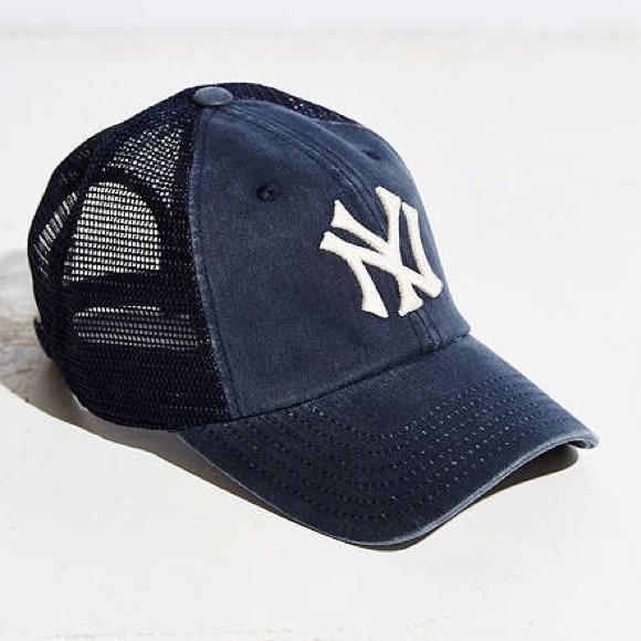 UO American needle mlb raglan mesh baseball hat. M 5a00960636d5940b4b12a228 d5e82ca20be