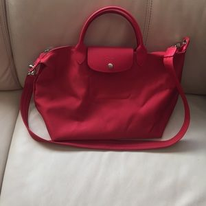 Medium totes le plage neo red