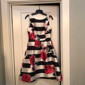 Dresses - Boutique cocktail dress