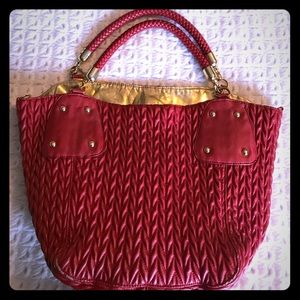 Handbags - Red medium bag with gold details