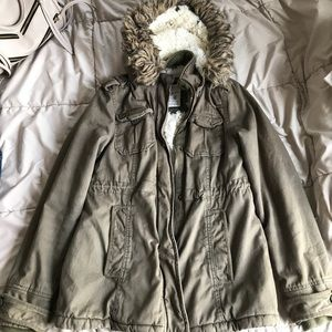 ❄️Olive Green Winter Jacket ❄️