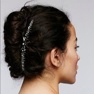Free People silver star hair comb