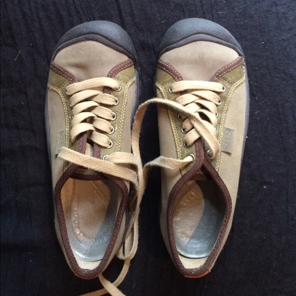 dfda97f8df00 Keen Shoes - Olive Green Keen tennis shoes