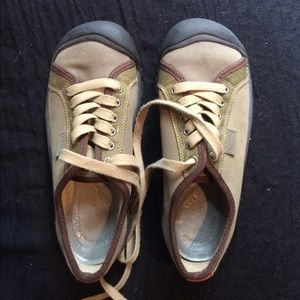 Olive Green Keen tennis shoes